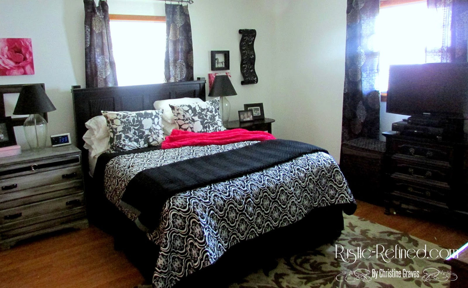 Decorating With Black White Colors In A Bedroom Rustic Refined