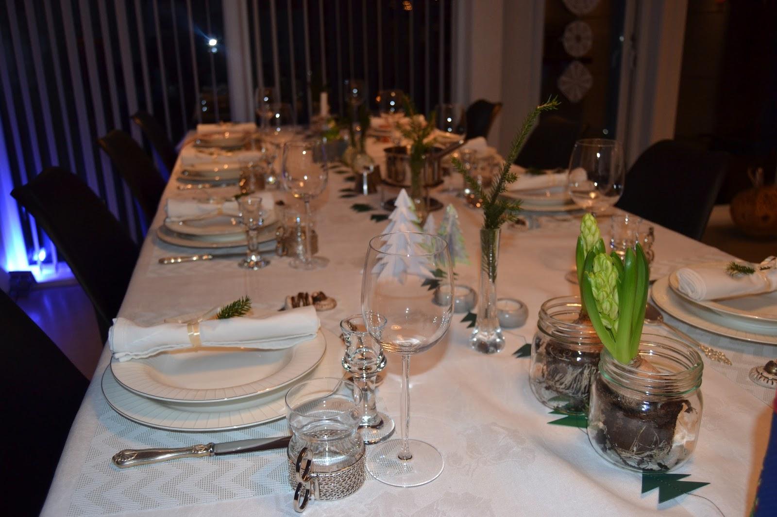 dekke bordet til jul