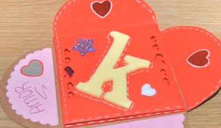 Como hacer una tarjeta forma de Corazon