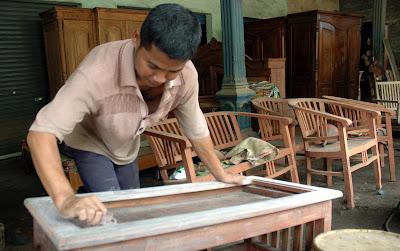 peluang bisnis di indonesia pabrik furniture