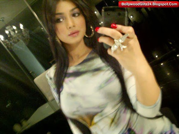 Ayesha Takia's Self shot