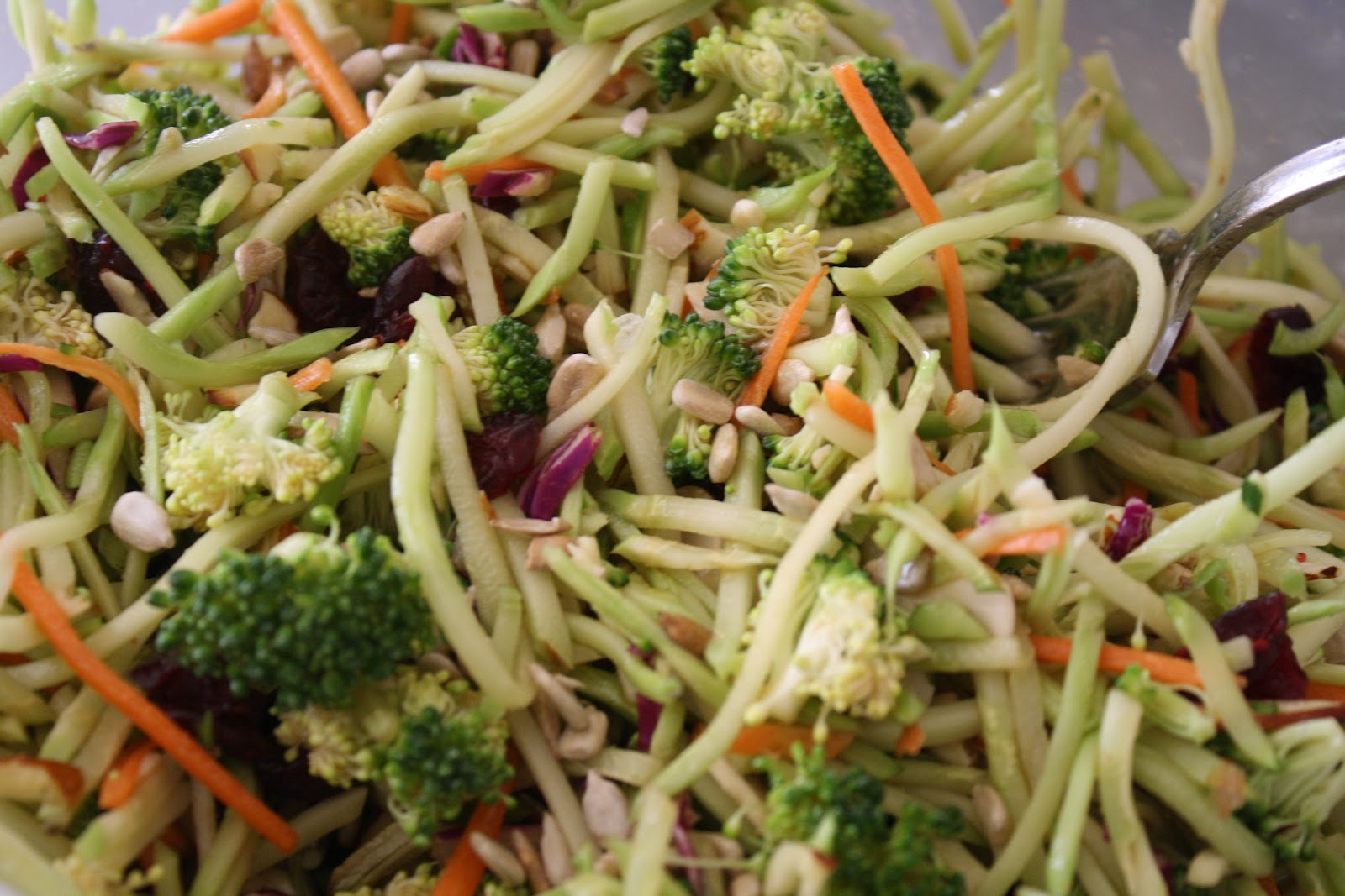 slaw love this asian style broccoli slaw oriental ramen broccoli asian ...