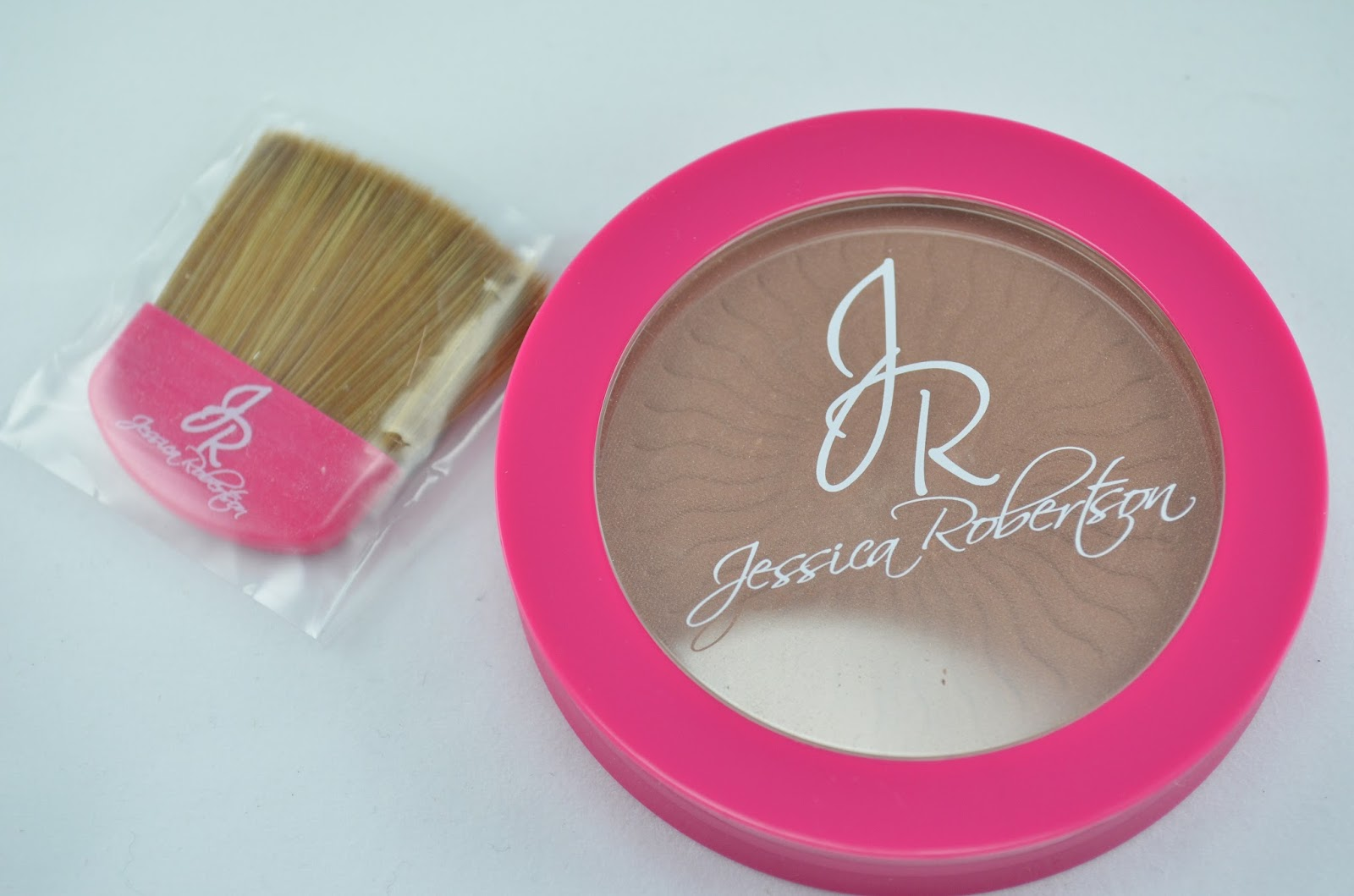 Jessica Robertson Bronzing Powder