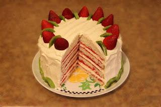 """Recette du Gâteau  aux étages """" Fraise - Kiwi"""""""