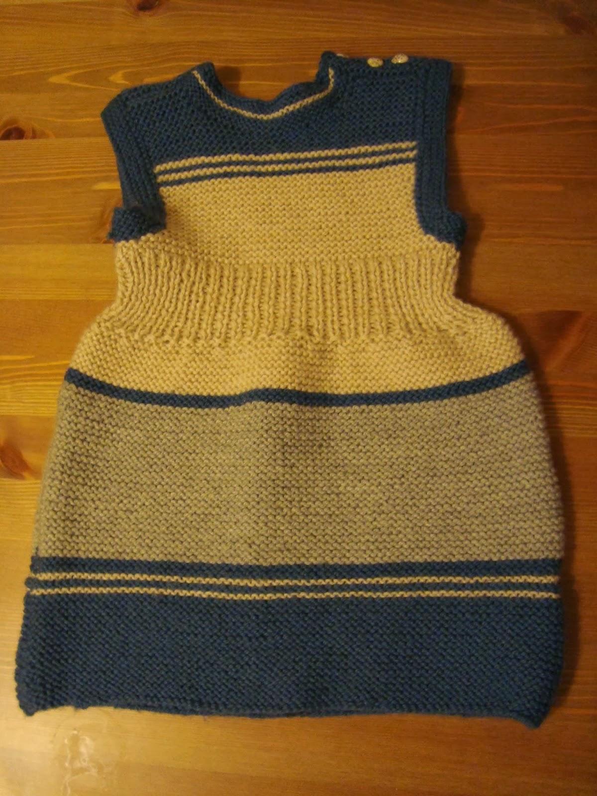 wełniana sukienka, zrobiona przez Prababcię