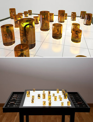 AMORPHOUS ORGANIC CHESS SET