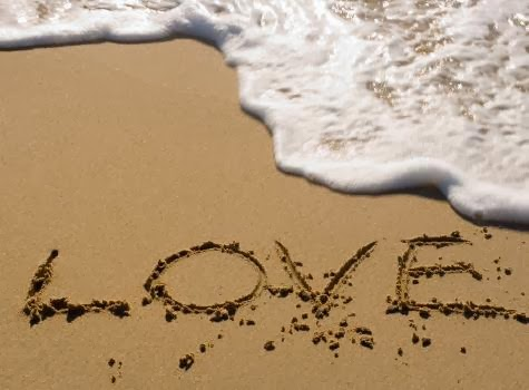 love-inspirational-daily-image shore beach waves sea - علامات اعجاب البنت بالولد !!!
