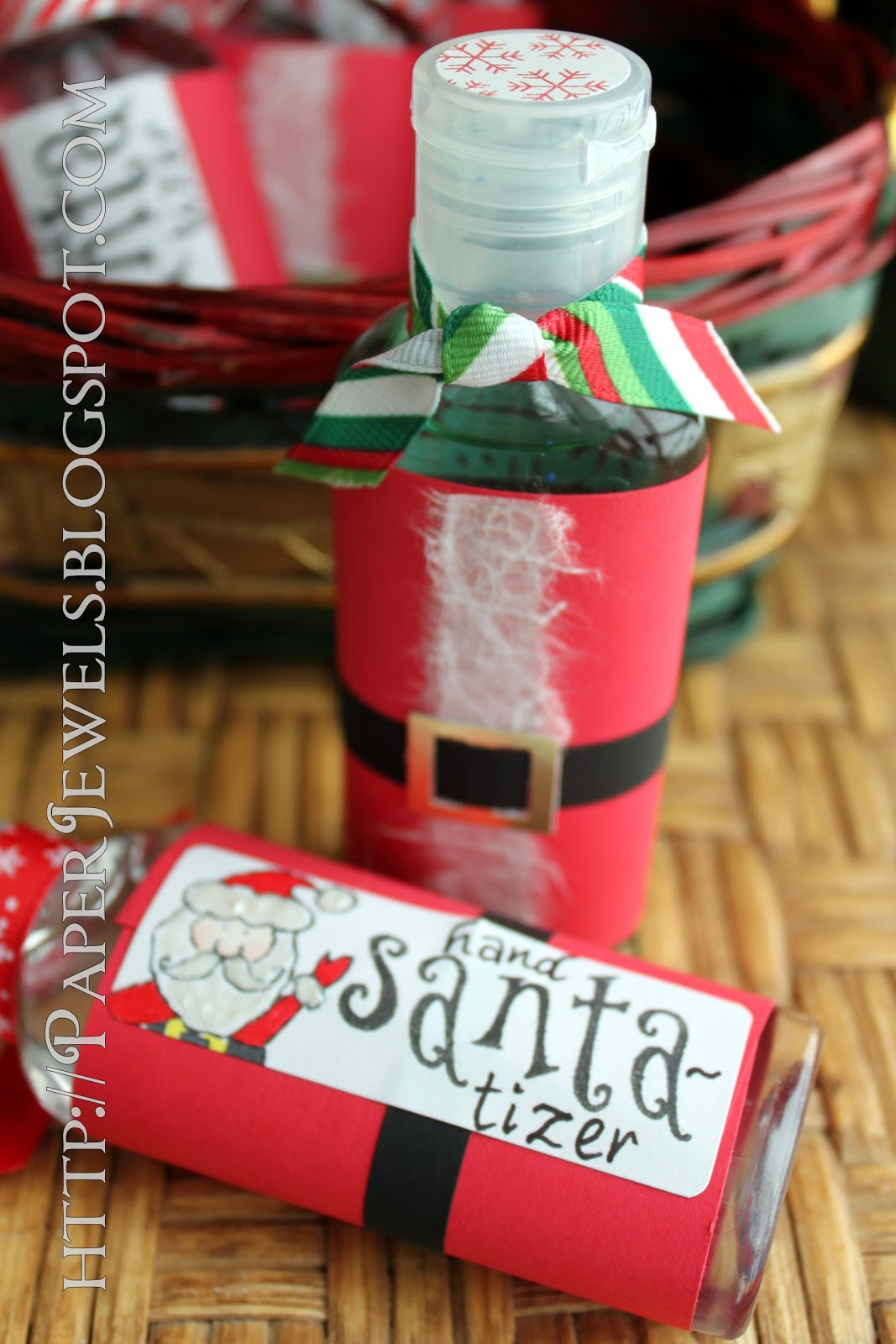 paper jewels and other crafty gems easy holiday teacher treat hand santa tizer. Black Bedroom Furniture Sets. Home Design Ideas