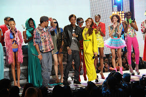 ISIS MODELS AT BET RIP THE RUNWAY 2010