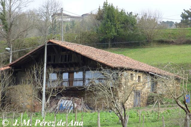 Macizo del gorbeia el origen del caser o vasco - Casas rurales pais vasco frances ...