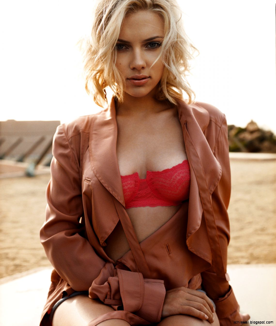 Scarlett Johansson 2013 iest Woman Alive Photos and Video