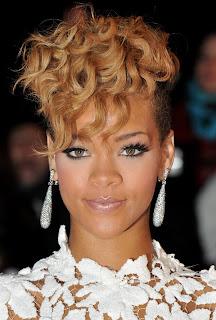 Rihanna Short Blonde Hair