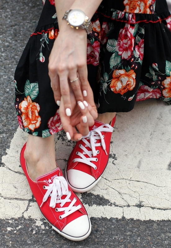 Eucalyptus Floral Maxi Dress Converse Women's Chuck Taylor All Star Light OX Lace-Up Nine West White Bag Michael Kors Two-Tone Chronograph Watch Michael Kors Wilmette Sunglasses  Sinful Colors Professional Snow Me White Nail Polish Flower Pendant Necklace