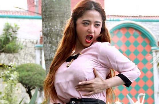 5 Artis Wanita Indonesia yang Gemar Masturbasi