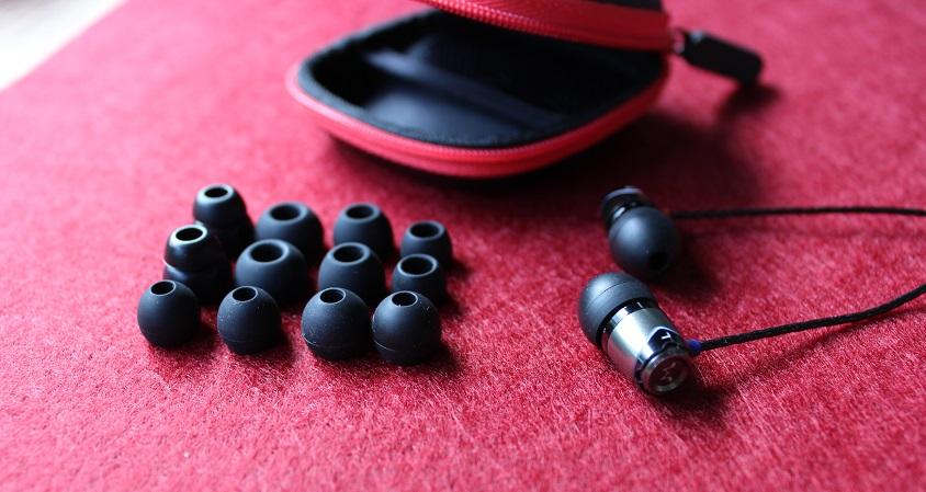 Soundmagic E10 Tasche mit Earpads