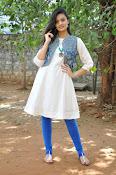 Nikitha Narayan new glam pics-thumbnail-3