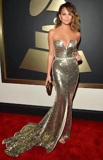 Кристин Тейгън в златна рокля на Грами 2014