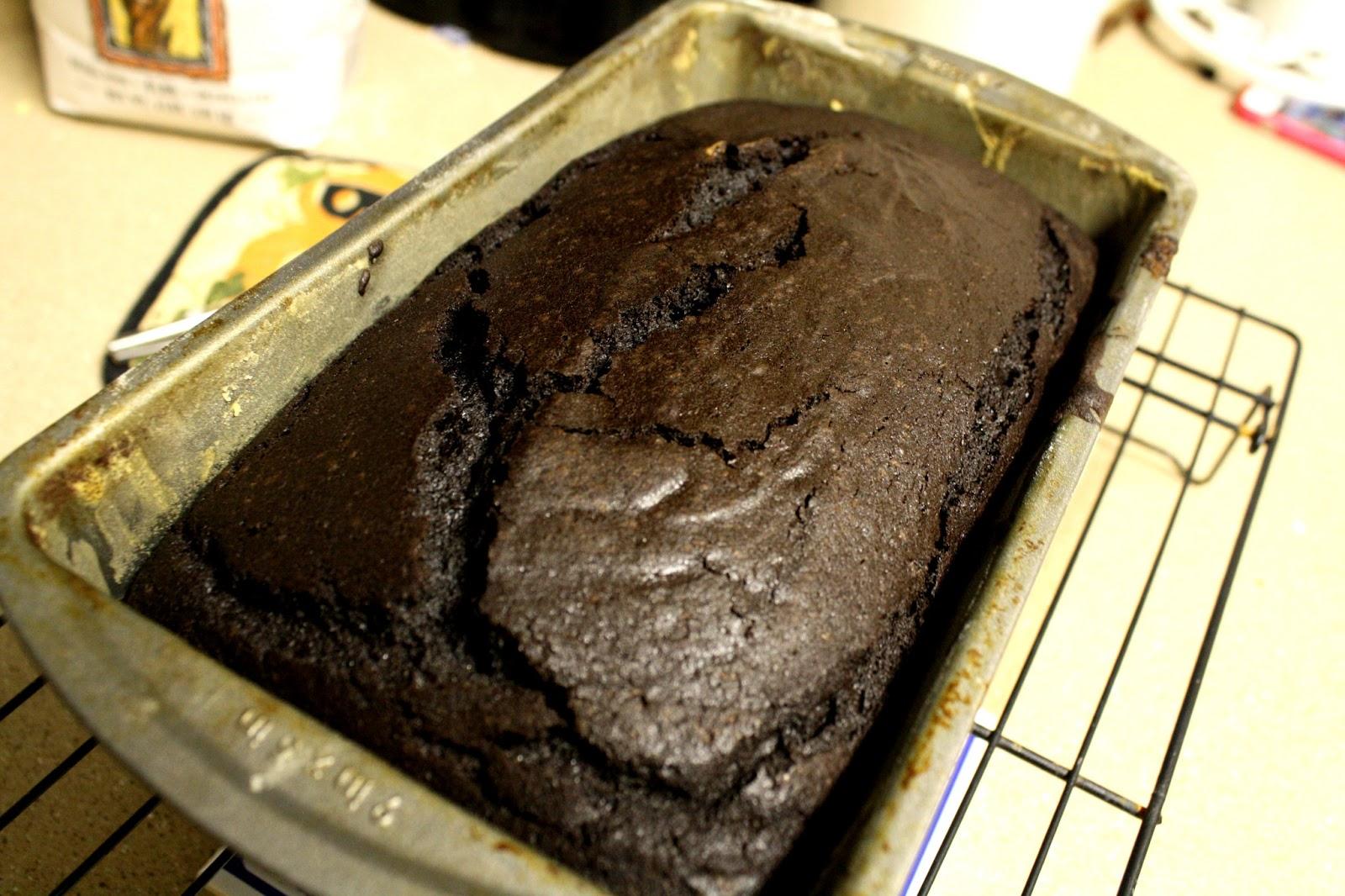 Marie, Marie: 52 weeks of baking: 4 - Everyday Chocolate Cake