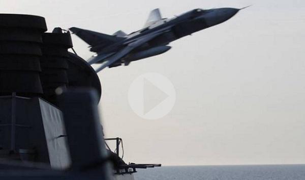 Βίντεο: Η στιγμή της «επίθεσης» ρωσικού μαχητικού εναντίον αμερικανικού αντιτορπιλικού