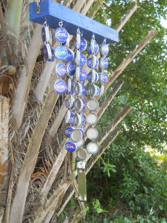 Astute homestead wind chimes from bottle caps for Bottle cap wind chime
