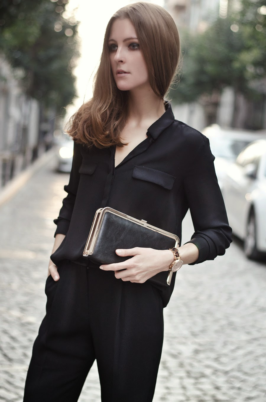 fashion blogger, russian fashion blogger, fashion week street style, total black outfit, michael kors watch, steve madden clutch, mango street, fall winter 2014