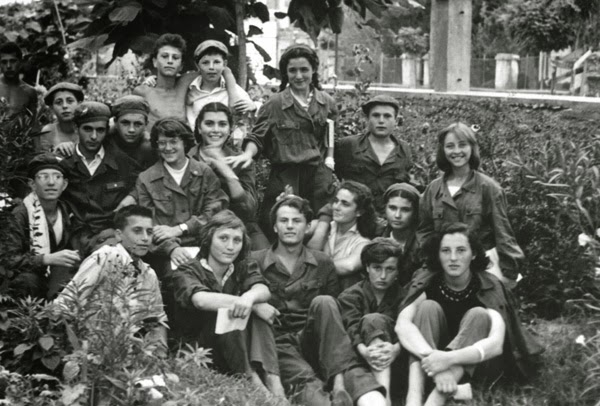 Резултат с изображение за начало на бригадирското движение в Народна република България.
