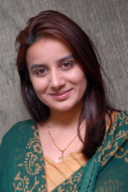 Actress Pooja Gandhi Stills Gallery wallpapers