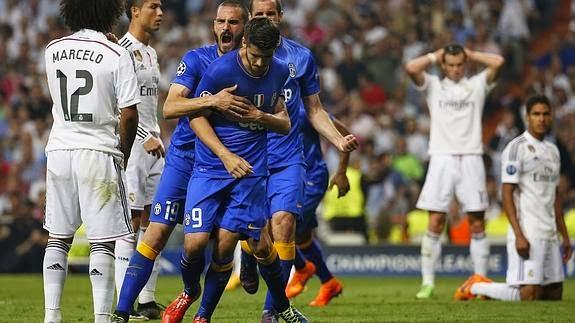 A adidas ya sólo le queda la baza de Messi en Champions