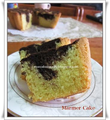 pagi hmm lama ngga update cake sebenernya ada juga sih buat cake
