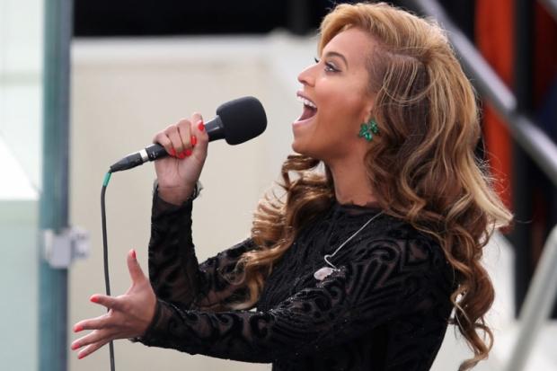 Beyonce sings!