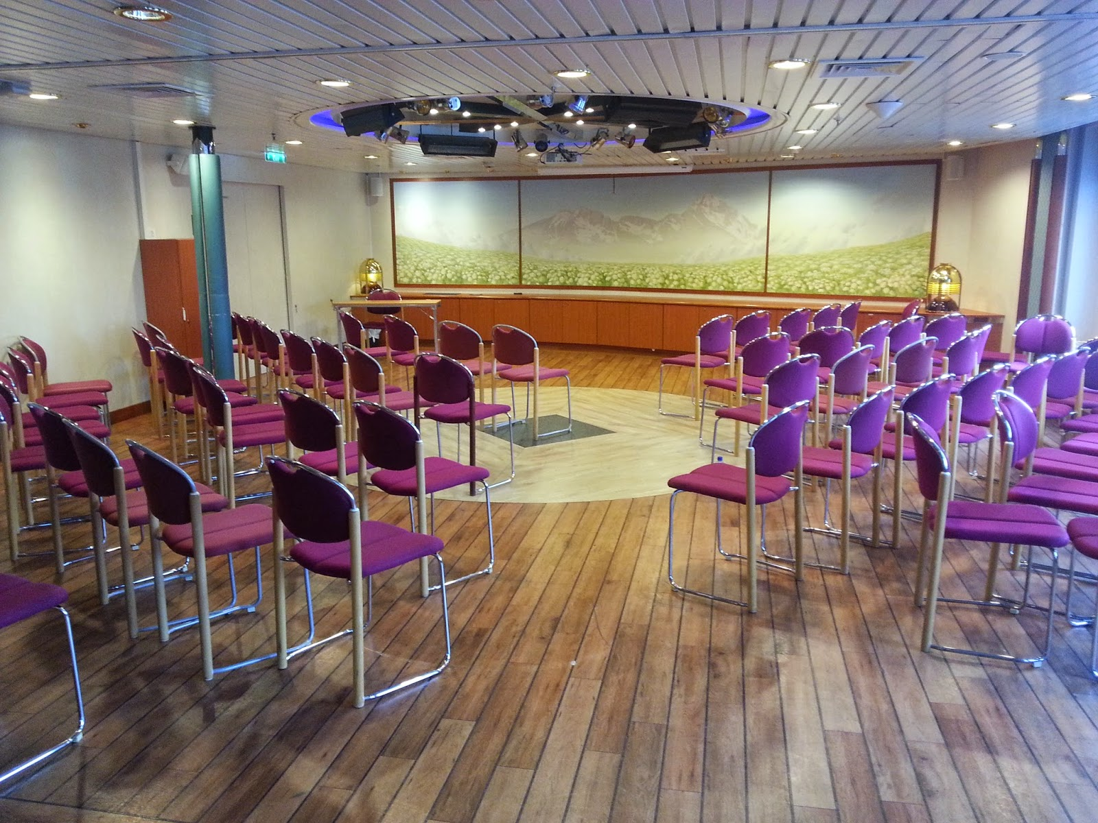 Hurtigruten MS Richard With - Conference Facilities