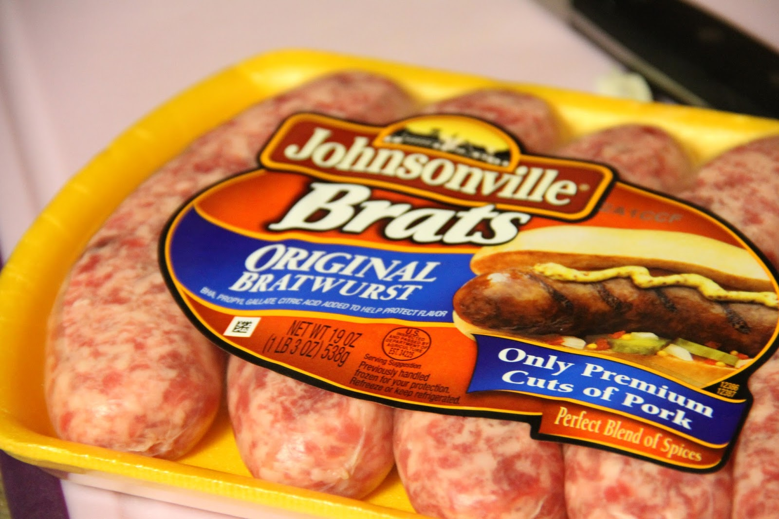 "Deep South Dish: Grilled ""Hot Tub"" Beer Brats"