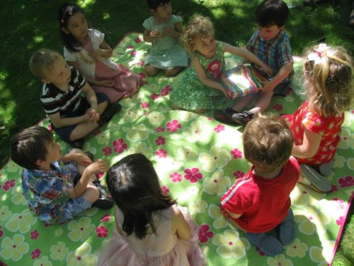 rainbow birthday party pass the parcel game
