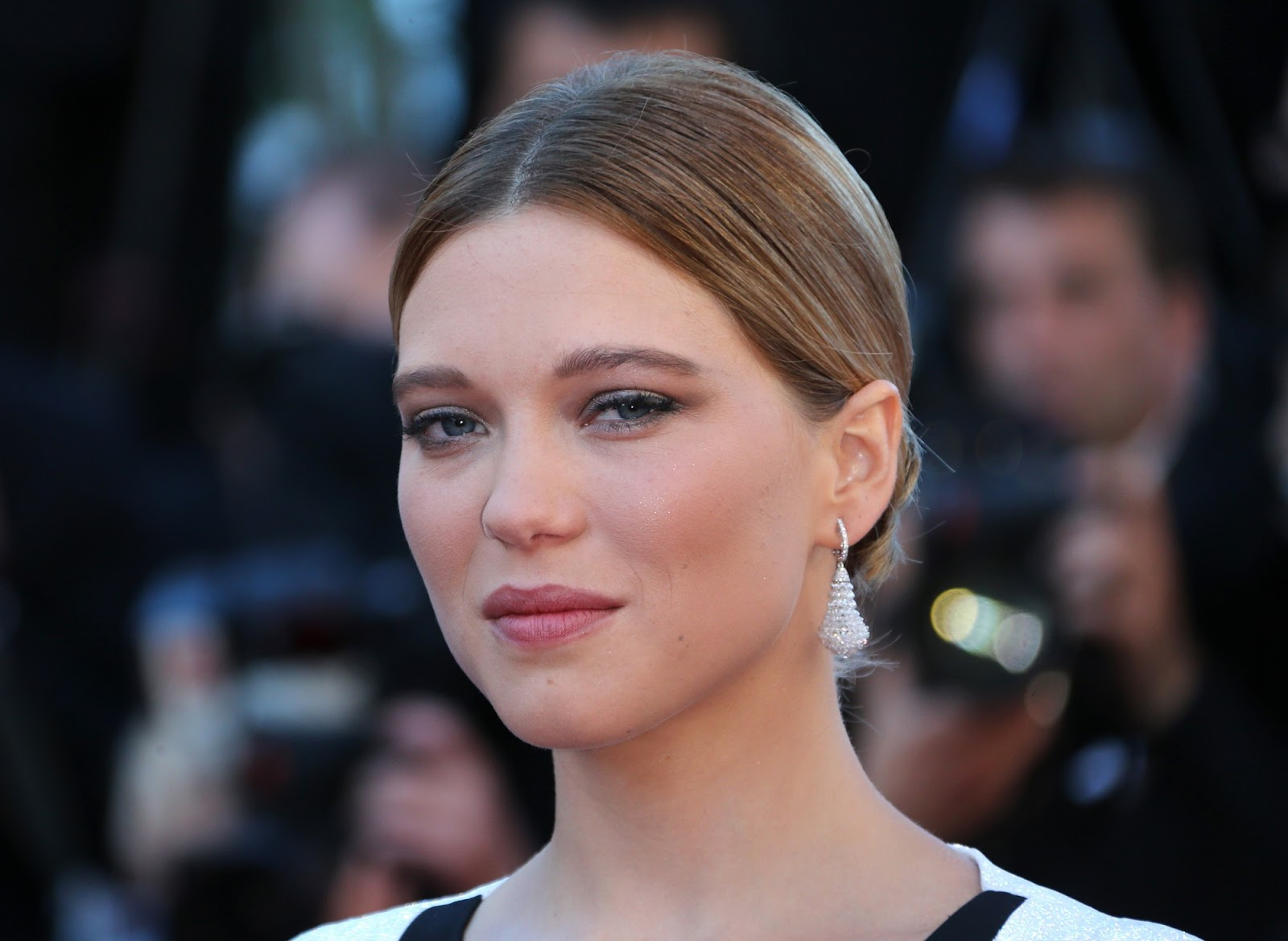 lea seydoux hd wallpaper free download http