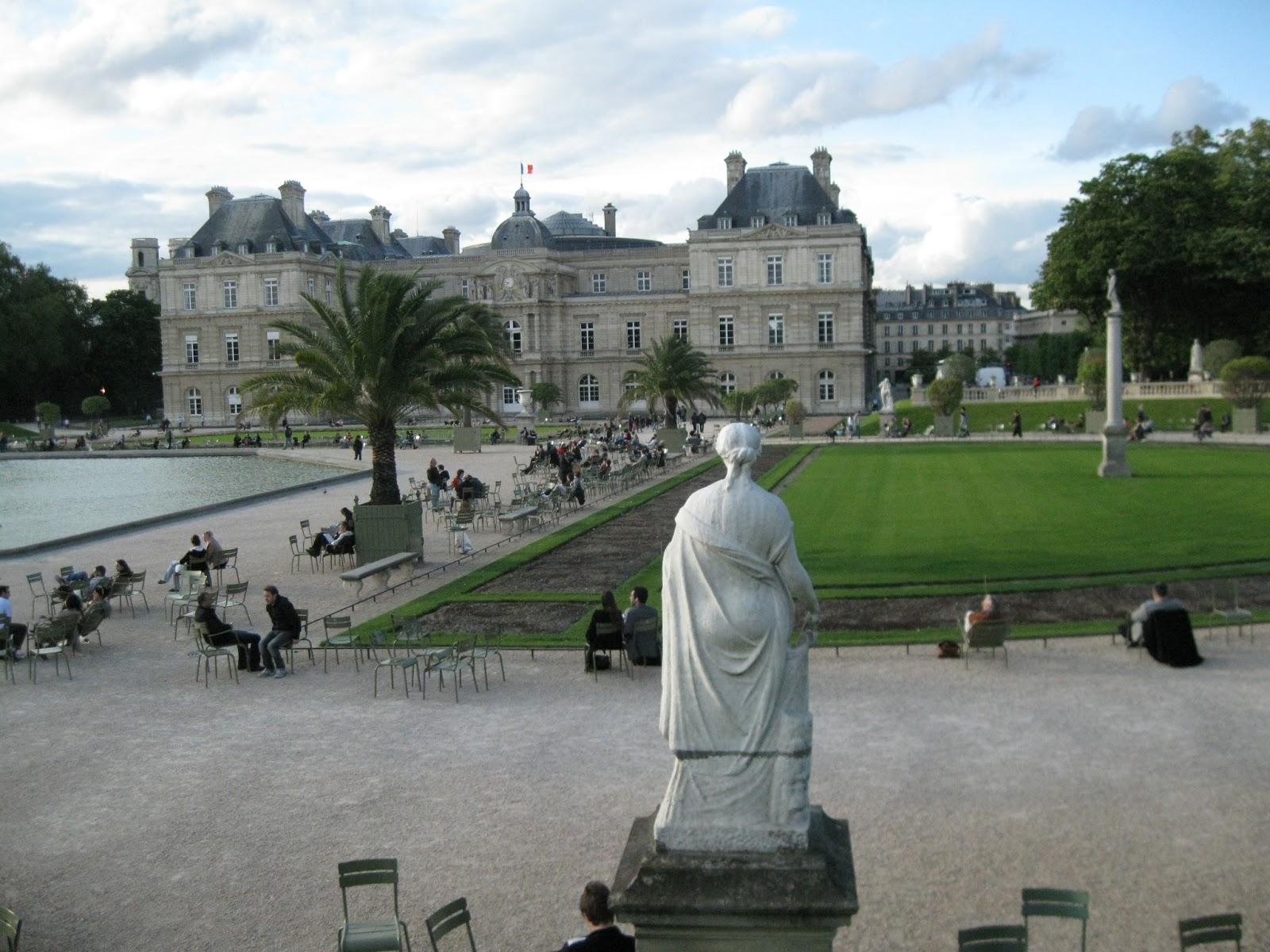 Les cogitations de colochat les zozios du luco les pigeons for Jardin luxembourg horaires