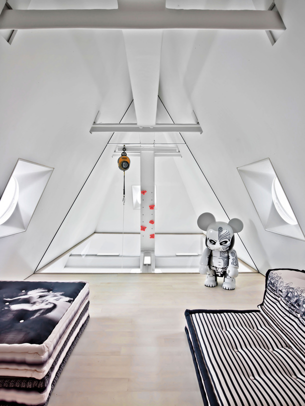 Loveisspeed playful penthouse in new york city for Dessiner une chambre en 3d