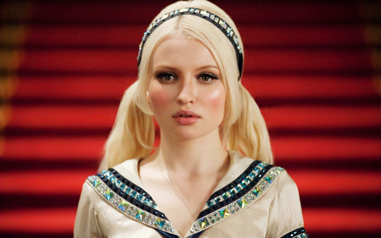 Emily Browning Hairstyles Pictures Emily Browning Hairstyles Pictures