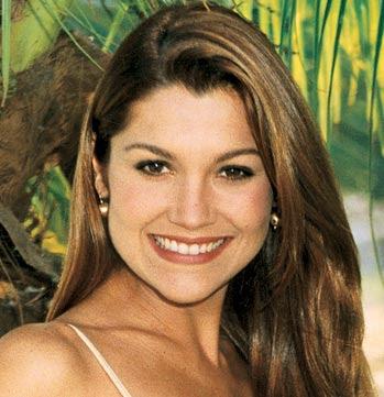 Flávia Alessandra-Biografia e Fotos