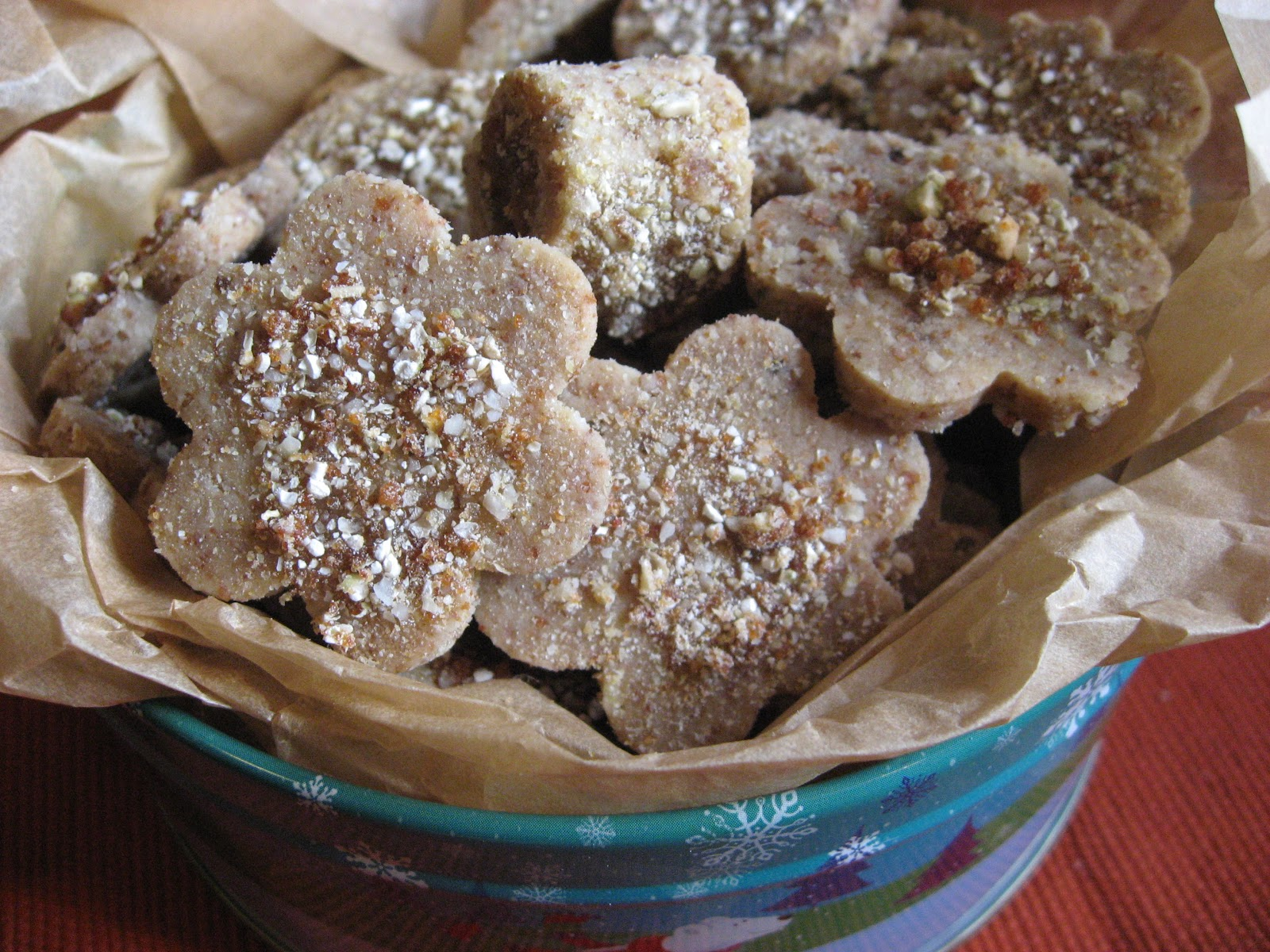 December 2012 Newsletter - Almond Rum Crunch Cookies