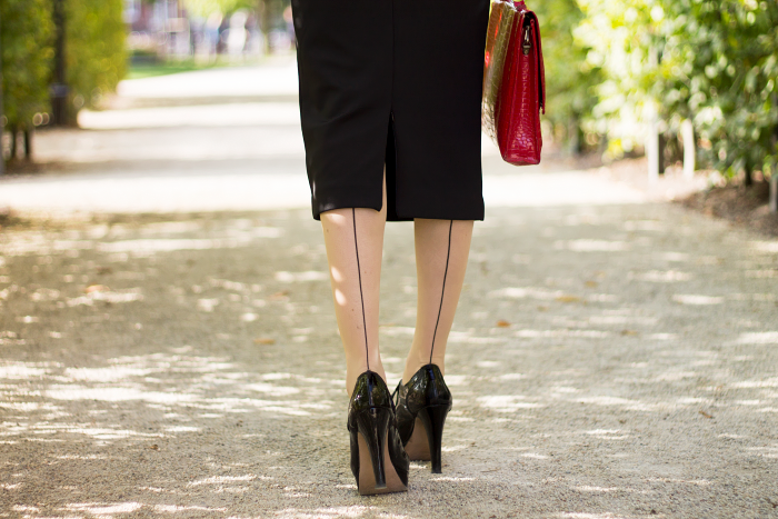 Seam tights and a midi pencil skirt