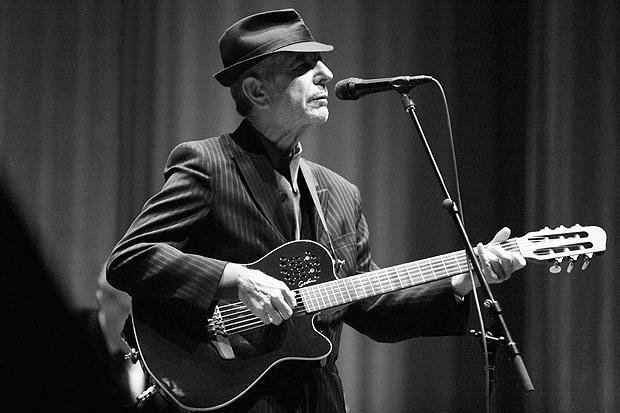 Leonard Cohen morre aos 82