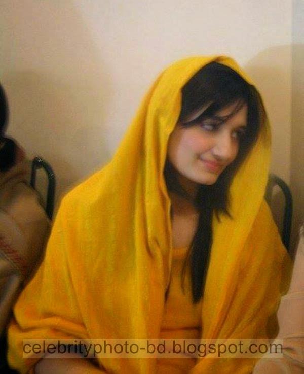 Beautiful%2BCute%2BPakistani%2BGirls%2BLatest%2BWallpapers%2B2014012