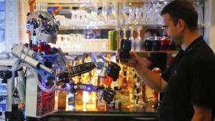 Robot Bartender dari Jerman