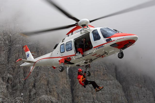 Gambar Helikopter Agusta Westland AW 109 - 07