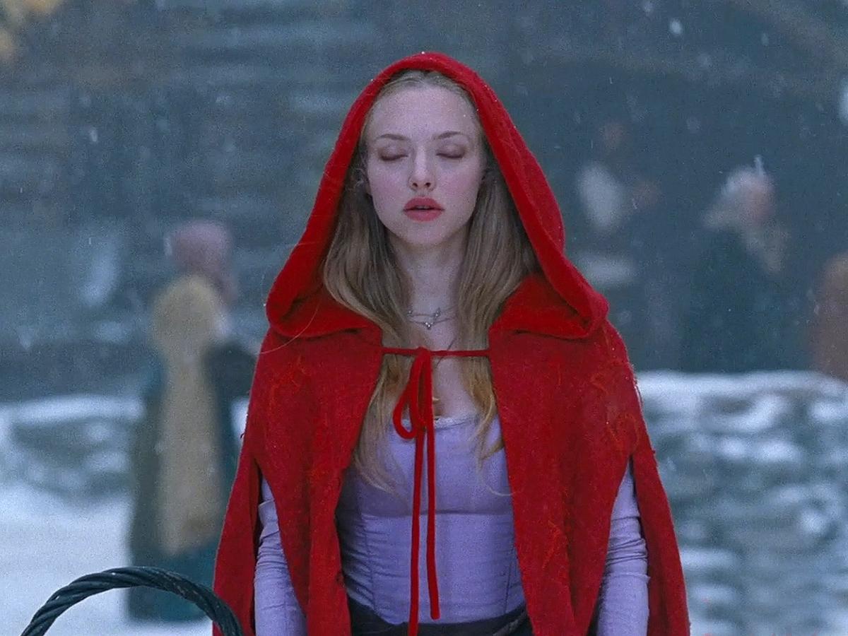 http://3.bp.blogspot.com/-Qrvz4d3oGqE/TVe28M9fjVI/AAAAAAAAAaw/Jy9Nhb5VVEU/s1600/Red-Riding-Hood_01.jpg
