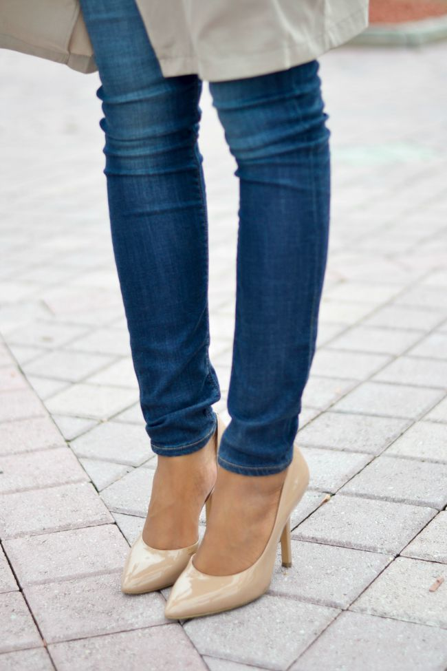Fall Outfit Ideas | Nude Heels & Skinny Jeans