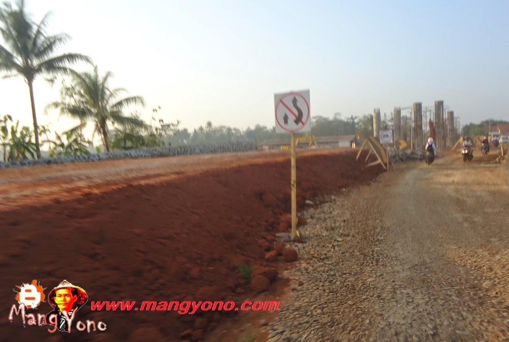 Asik Subang punya jalan tol. Ini pembuatan jembatan layang yang nantinya melintas diatas jalan tol.