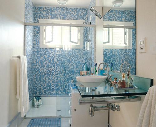 Arquitetura à mão! Banheiros e Suítes -> Banheiro Pequeno Com Pastilhas Claras