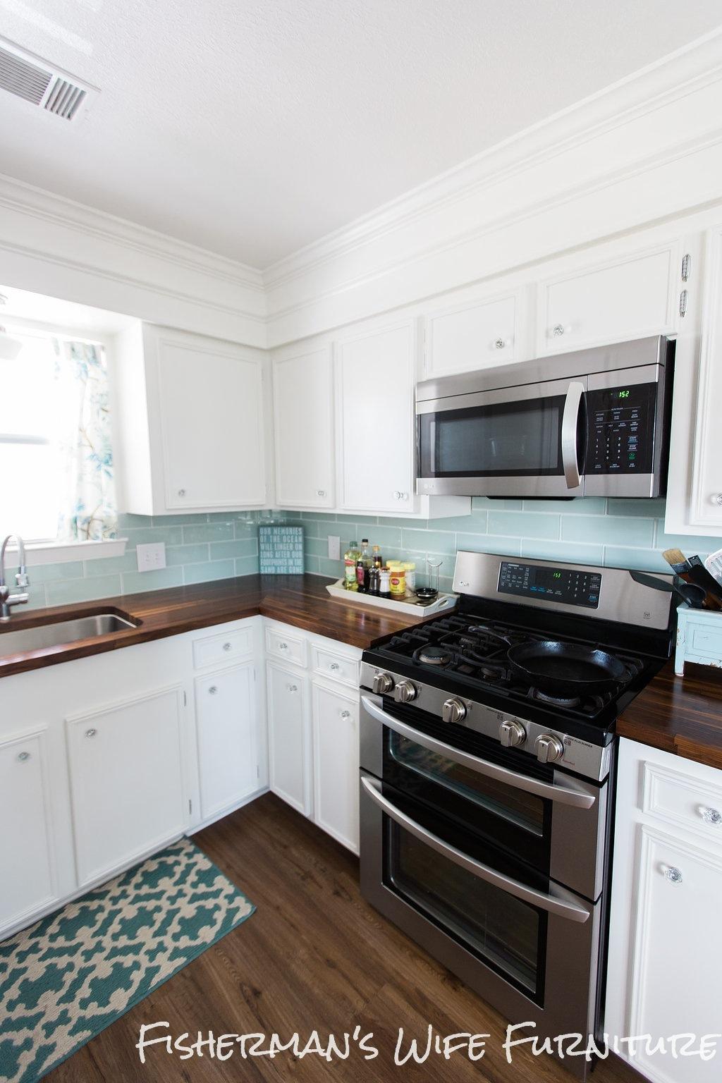 Fisherman\'s Wife Furniture: DIY Kitchen Reveal Update