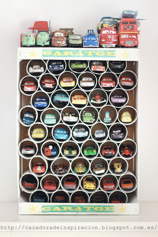 garage for toy cars, order for toys, toilet paper roll,  http://cazadoradeinspiracion.blogspot.com.es/